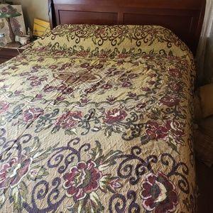 Vintage Bedspread Tapestry floral  full size